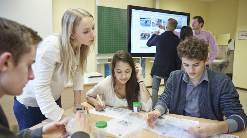 bericht-deutschland-experimento-unterricht